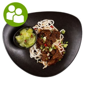 MEATOLOGY HOME / Marhapörkölt, udon tészta, sushi gyömbéres ubisali (700g)